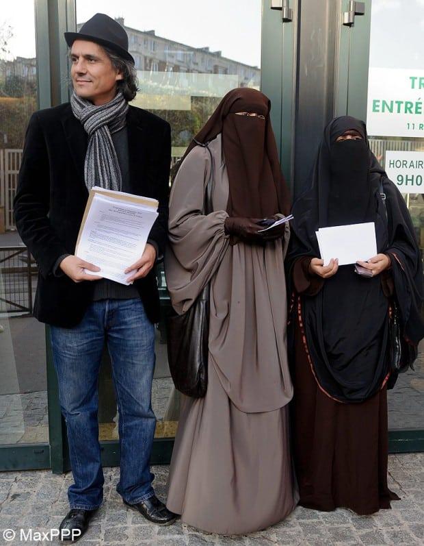 Port-du-niqab-il-paie-les-3-amendes-d-une-femme-condamnee_visuel_article2