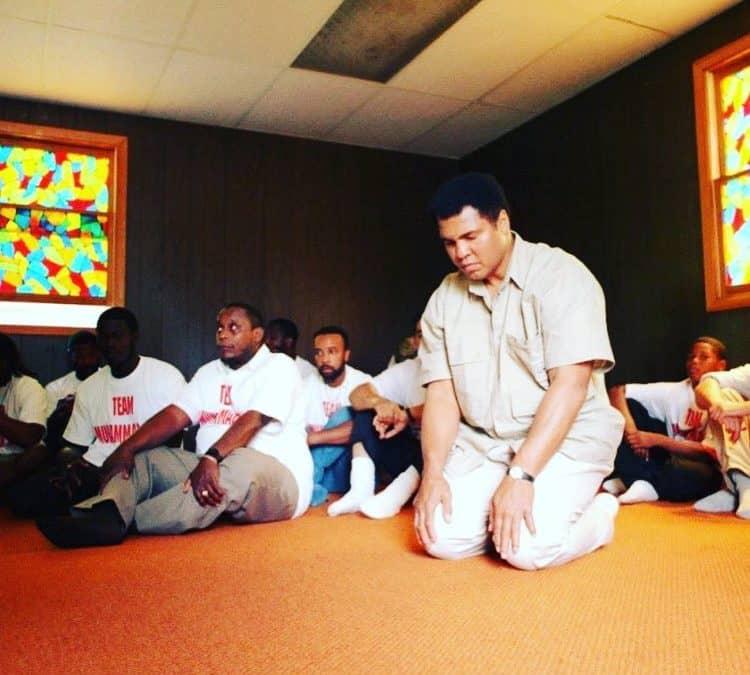 De eerste moslims: overzicht bekende overleden Nederlandse bekeerlingen