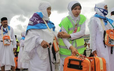 Respect! Indonesische vrouw verkoopt 26 jaar lang afval om op Hadj te gaan